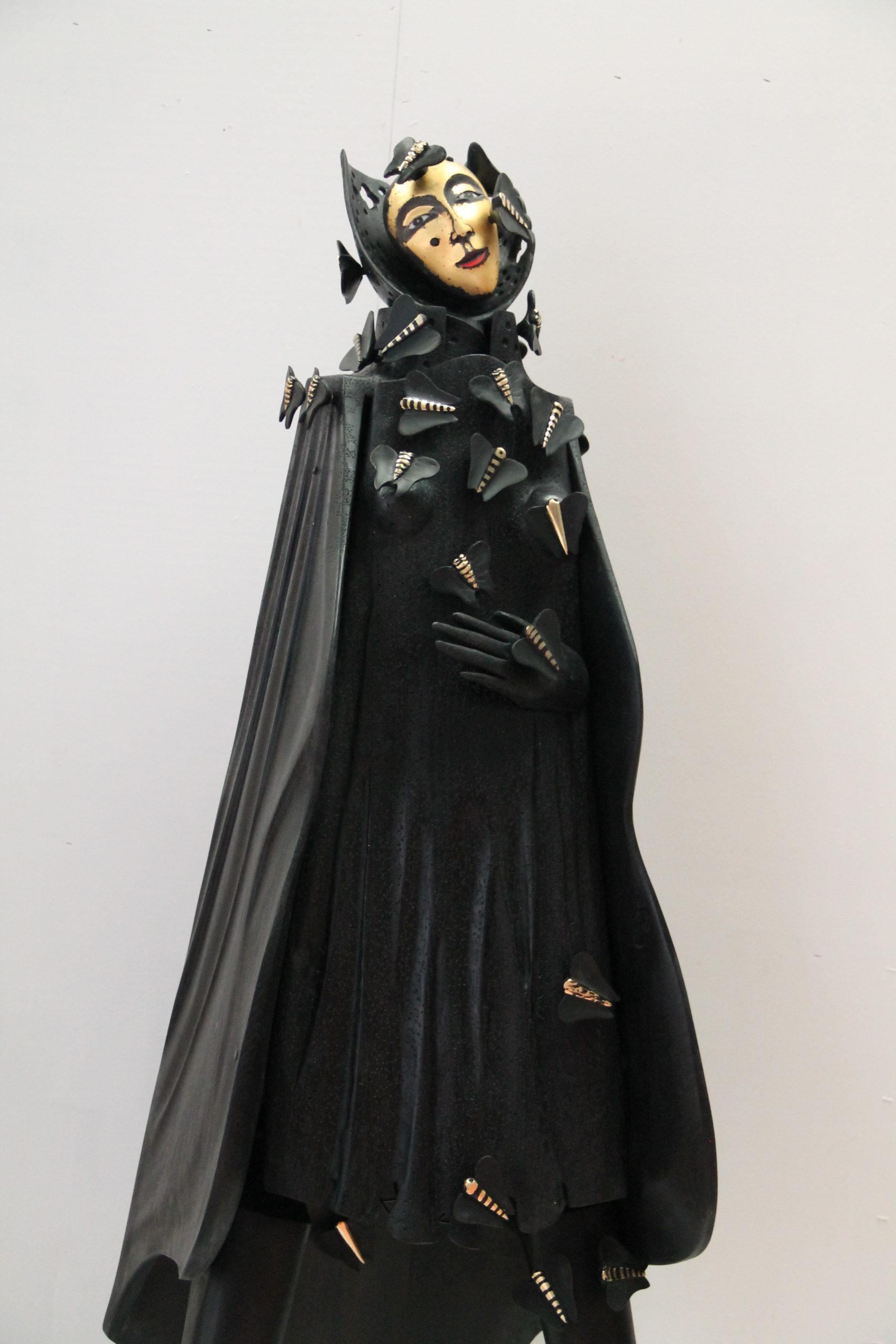 La dame aux papillons noirs