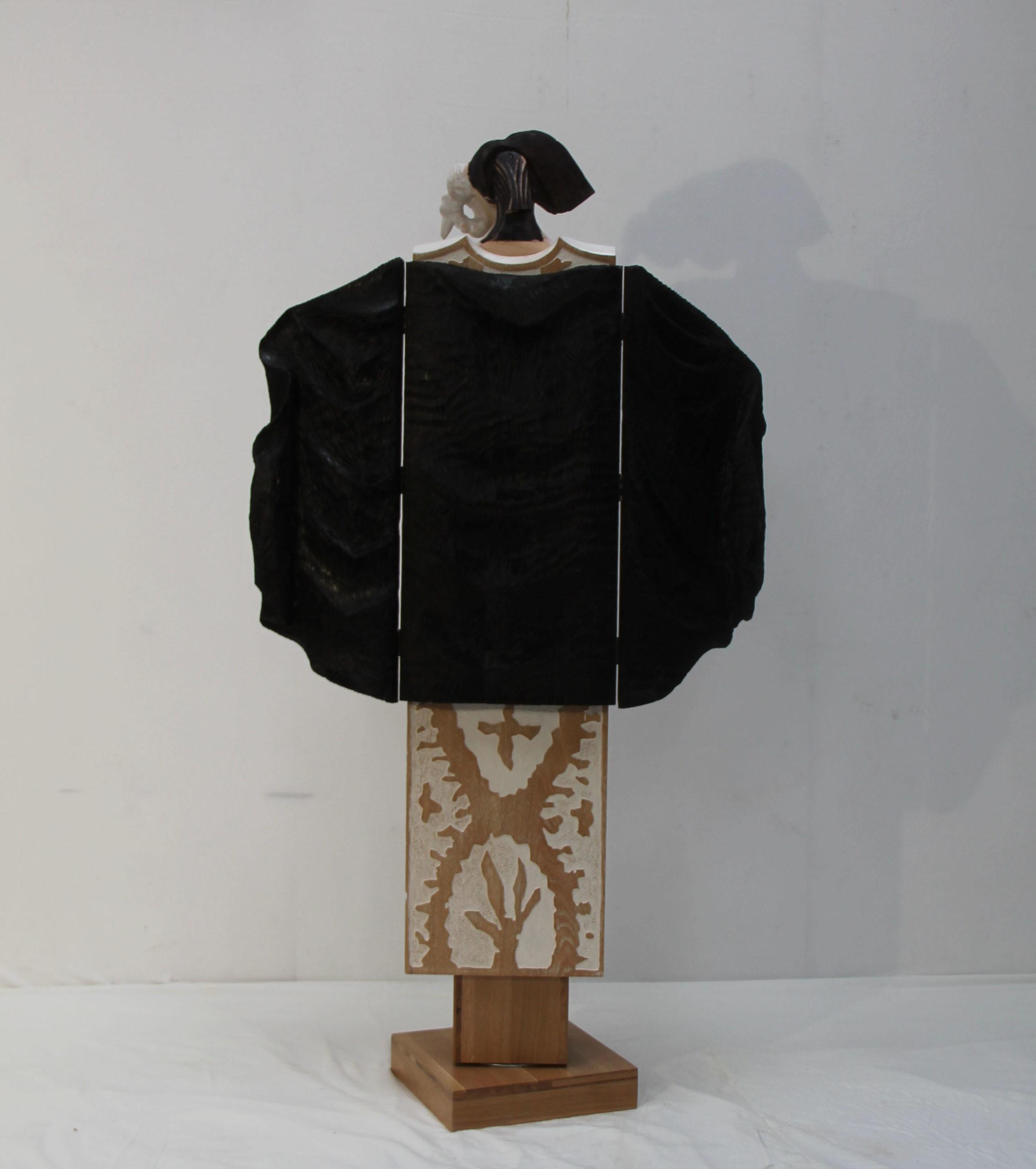 Chêne sculpté teinté 195 x 60 x 30 cm